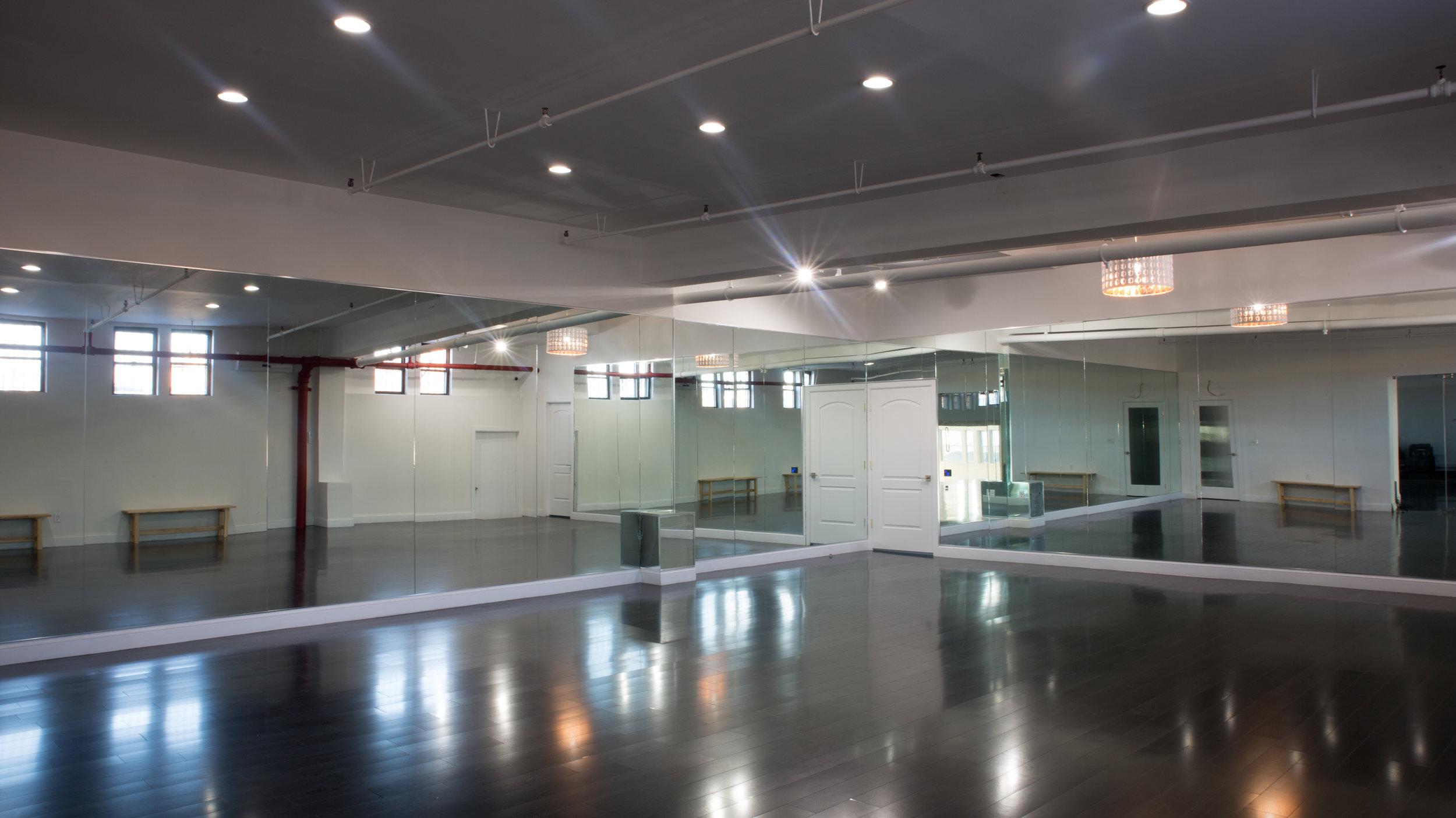 BMJ_Studios_dance_studio_rehearsal.jpg