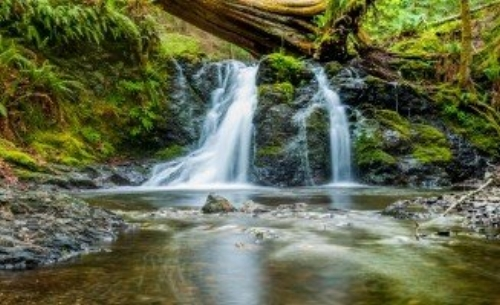 water-Photo on a href=httpsvisualhunt.comrec8418aVisualHunta.jpg