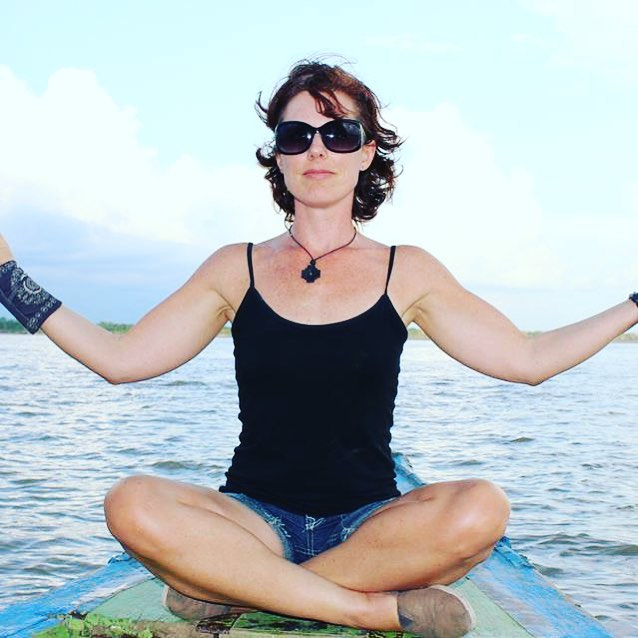Yoga on the Amazon! #yoga #shamanicyoga #yogaandshamanism #amazon #sacredretreats #yogaretreats #healingretreats #adventureyoga