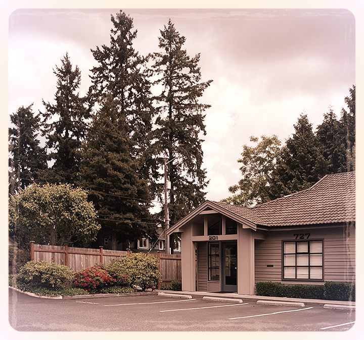 Conveniently located in Shoreline WA. - Take a look.