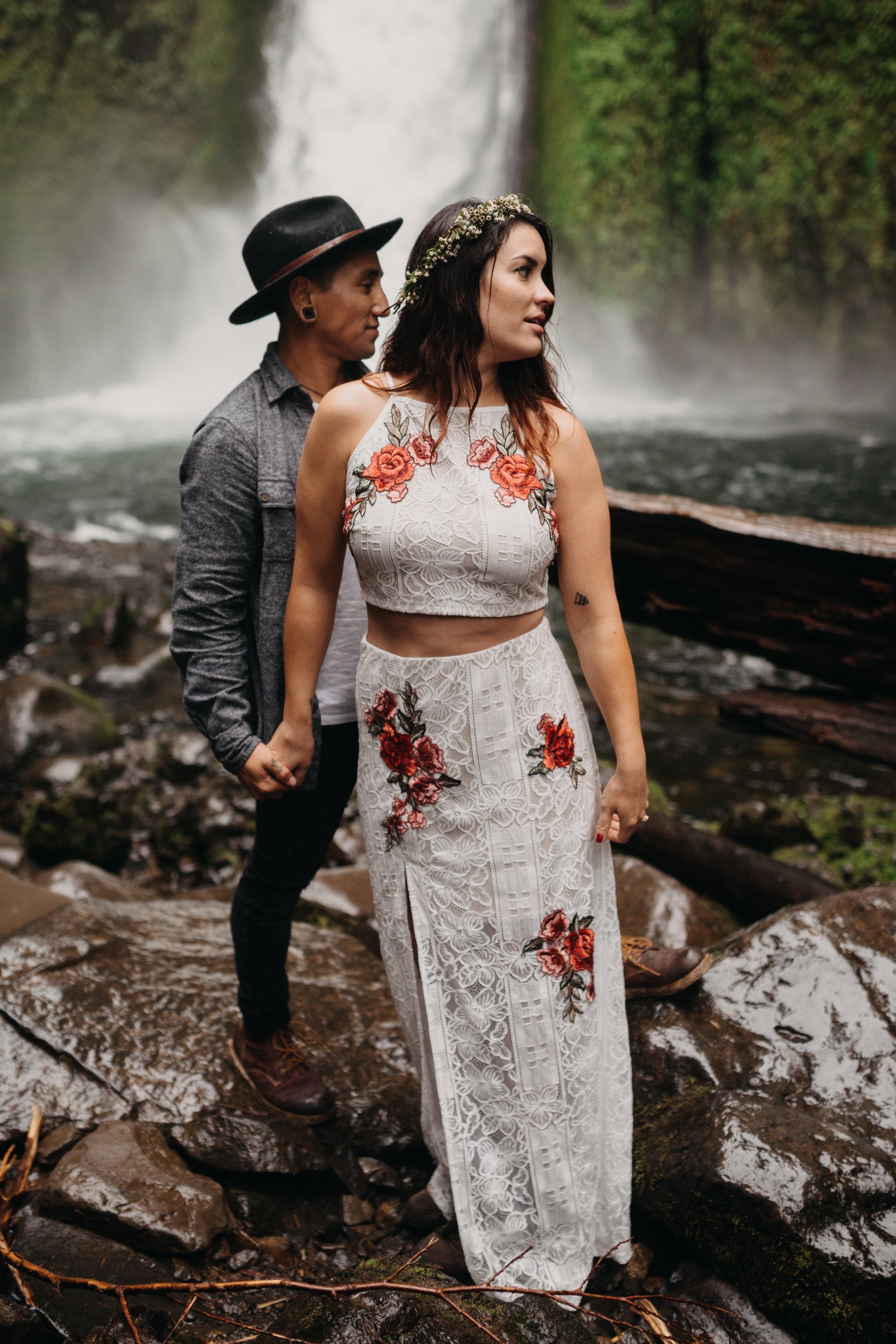 Portland Boise Wedding Photographer Columbia River Gorge Leah Flores