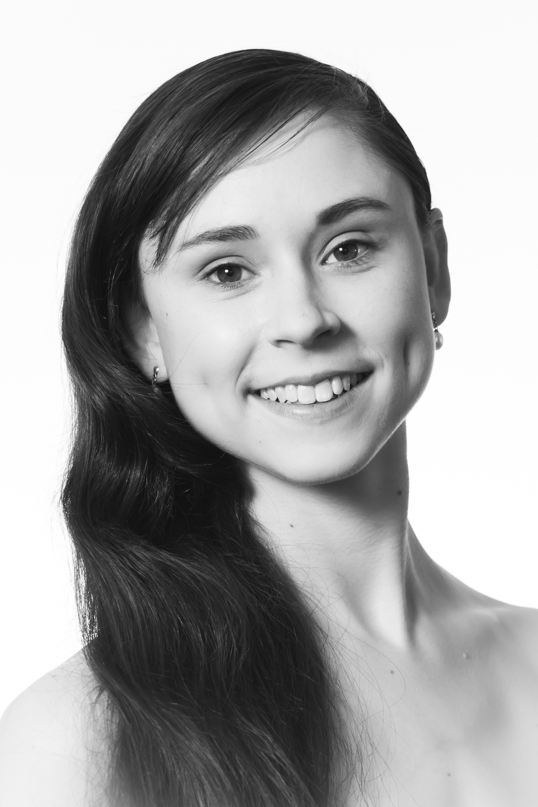 Alexandra Rolfe Company Artist   Alex began dancing at the age of five in Sydney,Australia at the Ku-ring-gai School of Dance before later training at Tanya Pearson Classical Coaching Academy, St Leonards. At 15, Alex moved to Melbourne to commence full time studies at the Australian Ballet School, attaining the level 4 Award for Excellence in her first year. Several years later, Alex moved back to Sydney to attend the Australian International Ballet Academy before gaining a finishing year position at the Nationale Balletacademie in Amsterdam, Holland.  During this time Alex was fortunate to work with Het Nationale (Dutch National Ballet Company) as an extra in the companies productions of swan lake and nutcracker. Several months later Alex relocated to London, UK and was successful in receiving a short term contract with English National Ballet. Alex performed in the companies production of Swan Lake in -the-round choreographed by Derek Deane at the Royal Albert Hall. Following this, Alex moved to Lisbon, Portugal where she remained for 3 years as a corps de ballet member with the Companhia Nacional de Bailado.  Alex performed in a number of productions including Cinderella, swan lake, Firebird, Orfeu E Euridice, Sleeping Beauty and the Nutcracker. Alex's career highlights include performing George Balanchine's 'Serenade, Hans Van Manen's '5 Tangoes' and the iconic Queen of the Wilis.Before joining MCB Alex peformed with the Australian Ballet during their production of 'Alice's Adventures in Wonderland' in Sydney.' Alex joined MCB this year as a junior artist.
