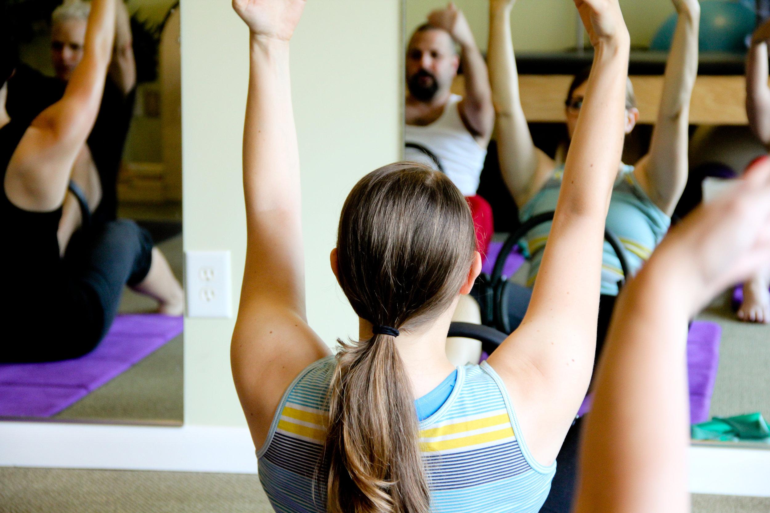 pilates mat class -