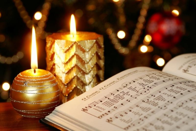 Christmas-Carols_MKucova_i11.jpg