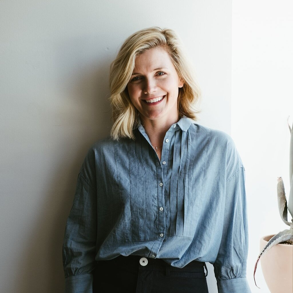 Allison Oswald, DPT, PT - Board Certified Women's Health Physical Therapist based in Santa Monica, CASpecializing in pelvic health, pregnancy, postpartum, incontinence, diastasis recti and more.Learn more about Allison here…
