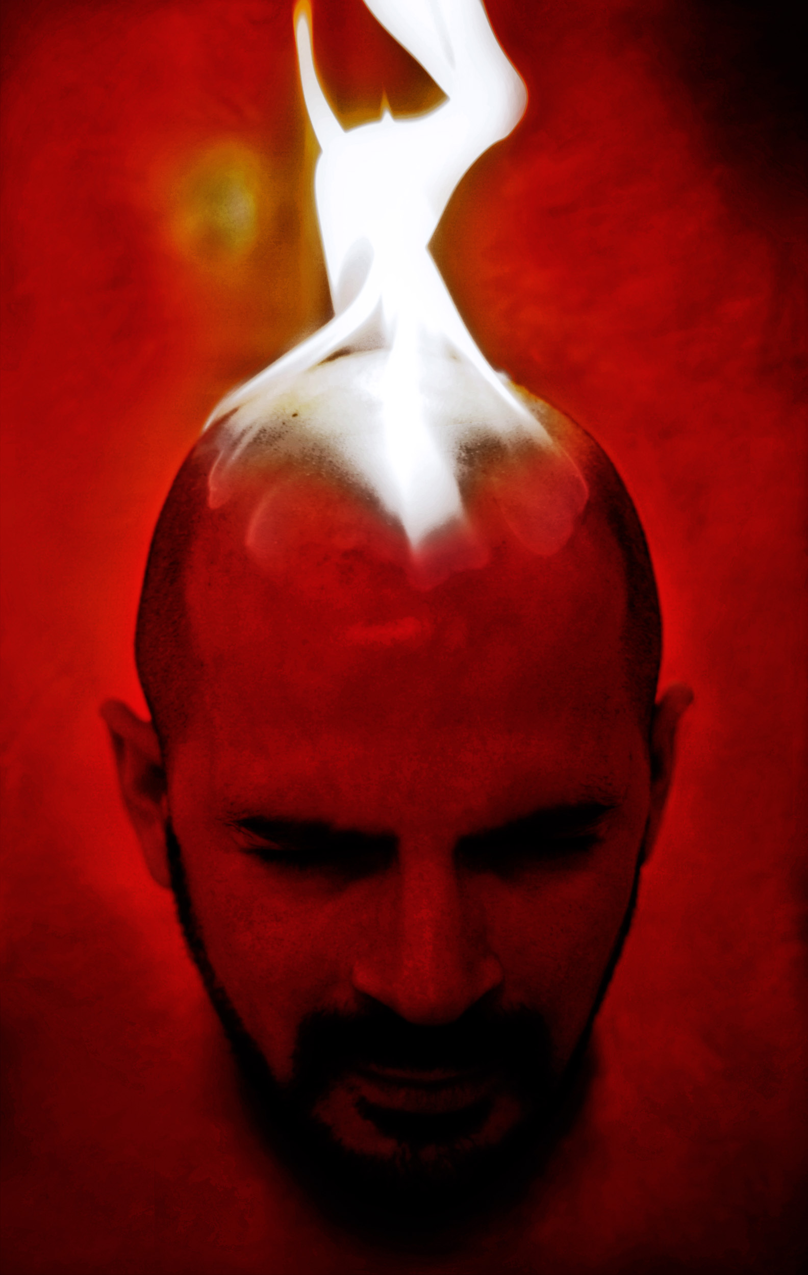 Fire_picture_selfportrait_in_red.jpg