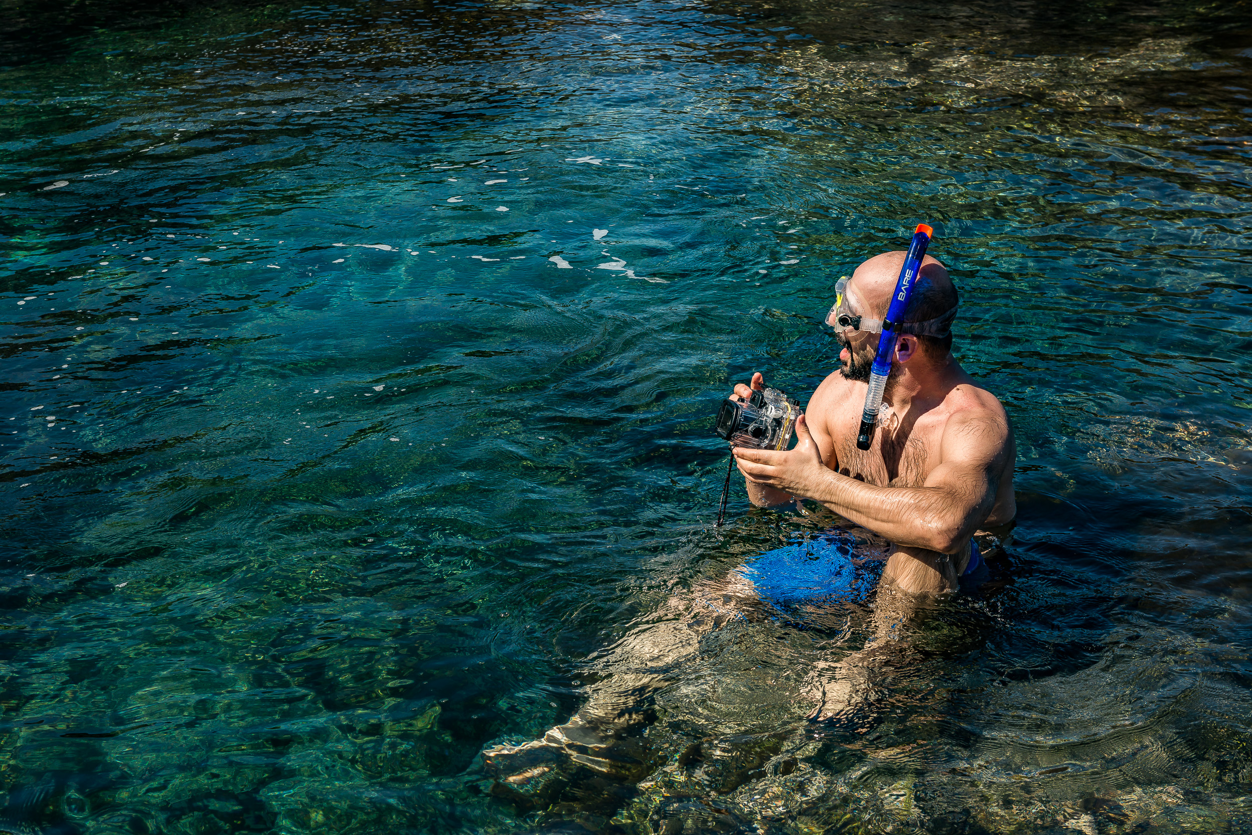 Here's me with the Canon PowerShot G1X Mark III and the underwater case at a natural pool IN Garachico. Photo: Mikko Lyytikäinen