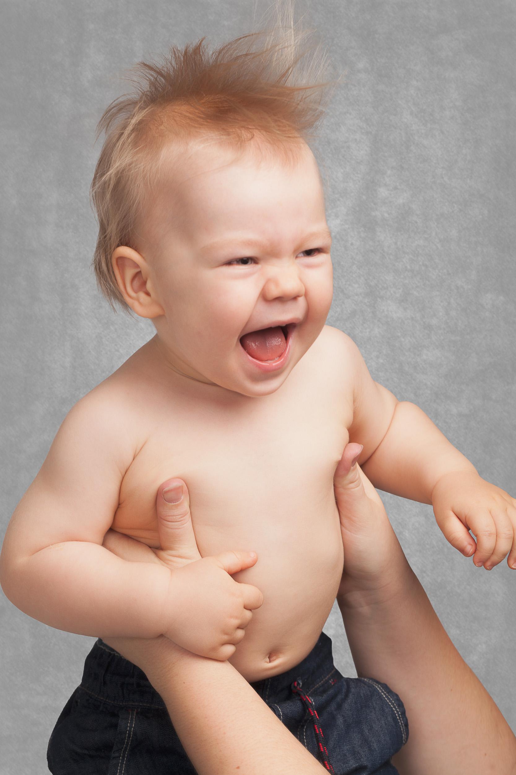 Perhekuvaus-lapsikuvaus-vauvakuvaus-raskaus-valokuvaaja-helsinki-alejandro lorenzo-003.jpg