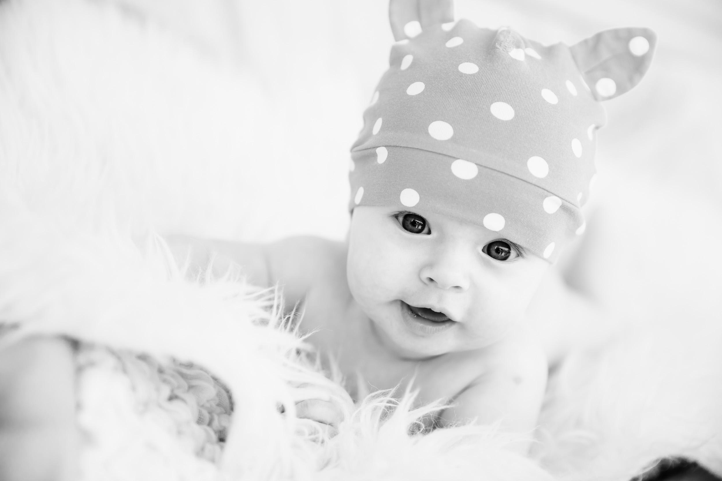 Perhekuvaus-lapsikuvaus-vauvakuvaus-raskaus-valokuvaaja-helsinki-alejandro lorenzo-021.jpg