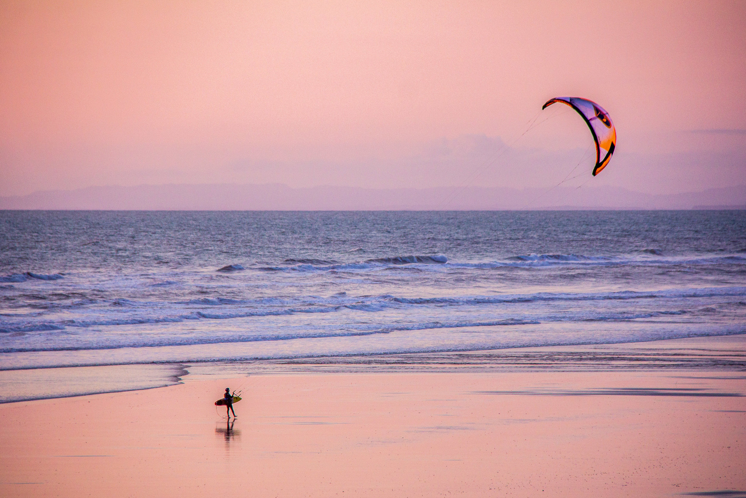 HImatangi-Kite-Surfer-credit-www.ManawatuNZ.co_.nz_.jpg