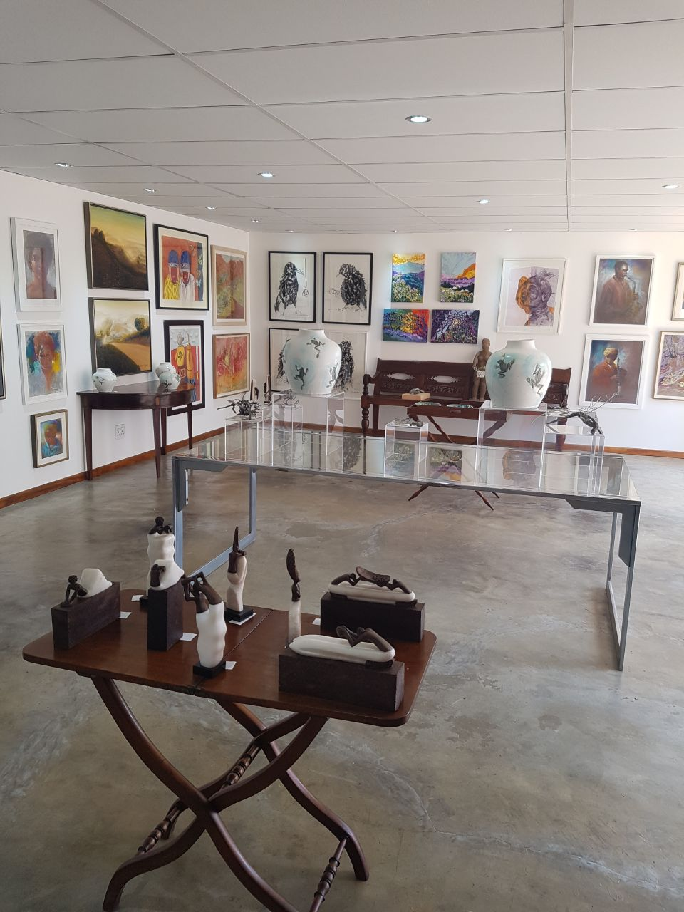 2017 - Group exhibition in Johannesburg at Intethe Gallery.