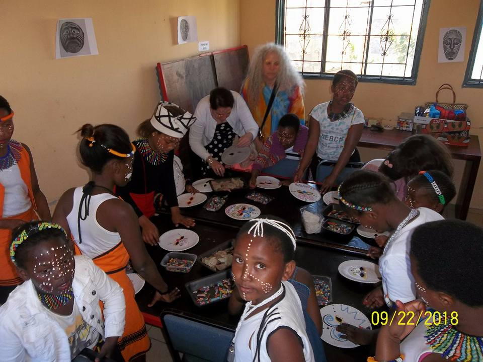 2018 - Art workshop with the children in Zwelihle. Womens day celebration.