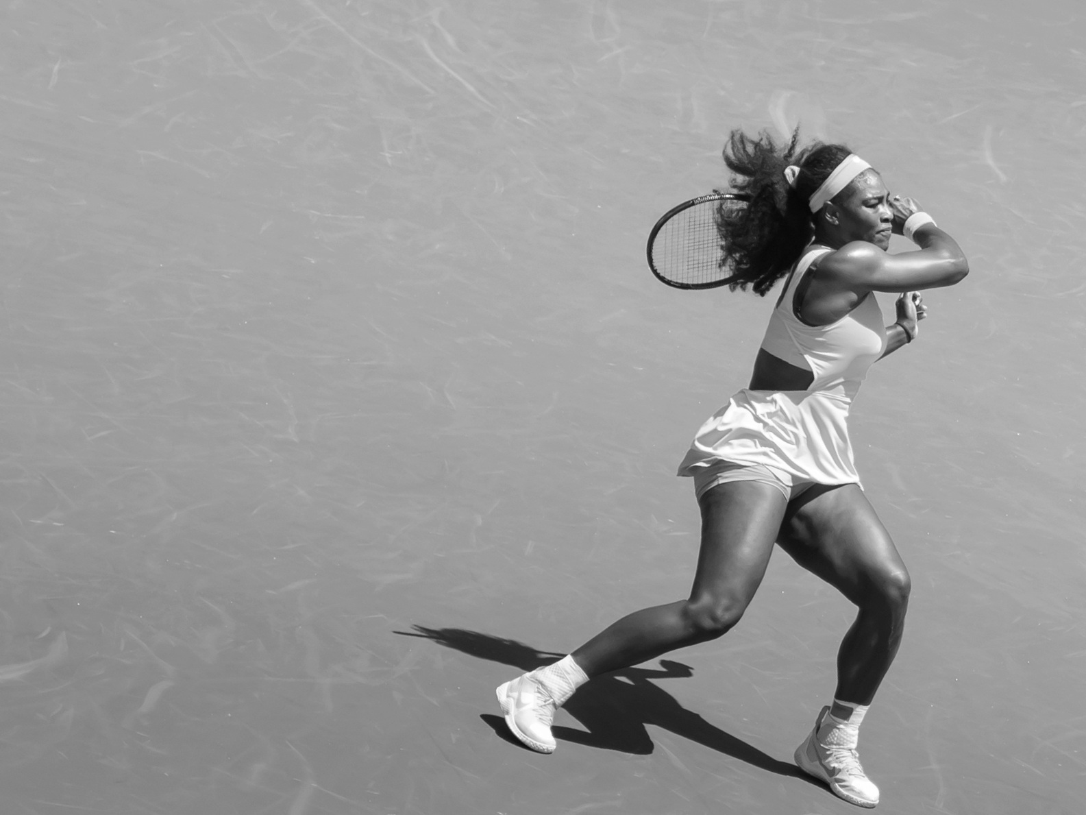 Serena_Williams_defeated_Carla_Suarez_Navarro_6-2%2C_6-0_wins_Miami_Open%21_-_150404-3980-jikatu_%2817033798902%29.jpg