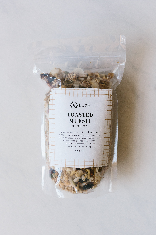 T O A S T E D M U E S L I  [ available in 400g and 1kg bags]