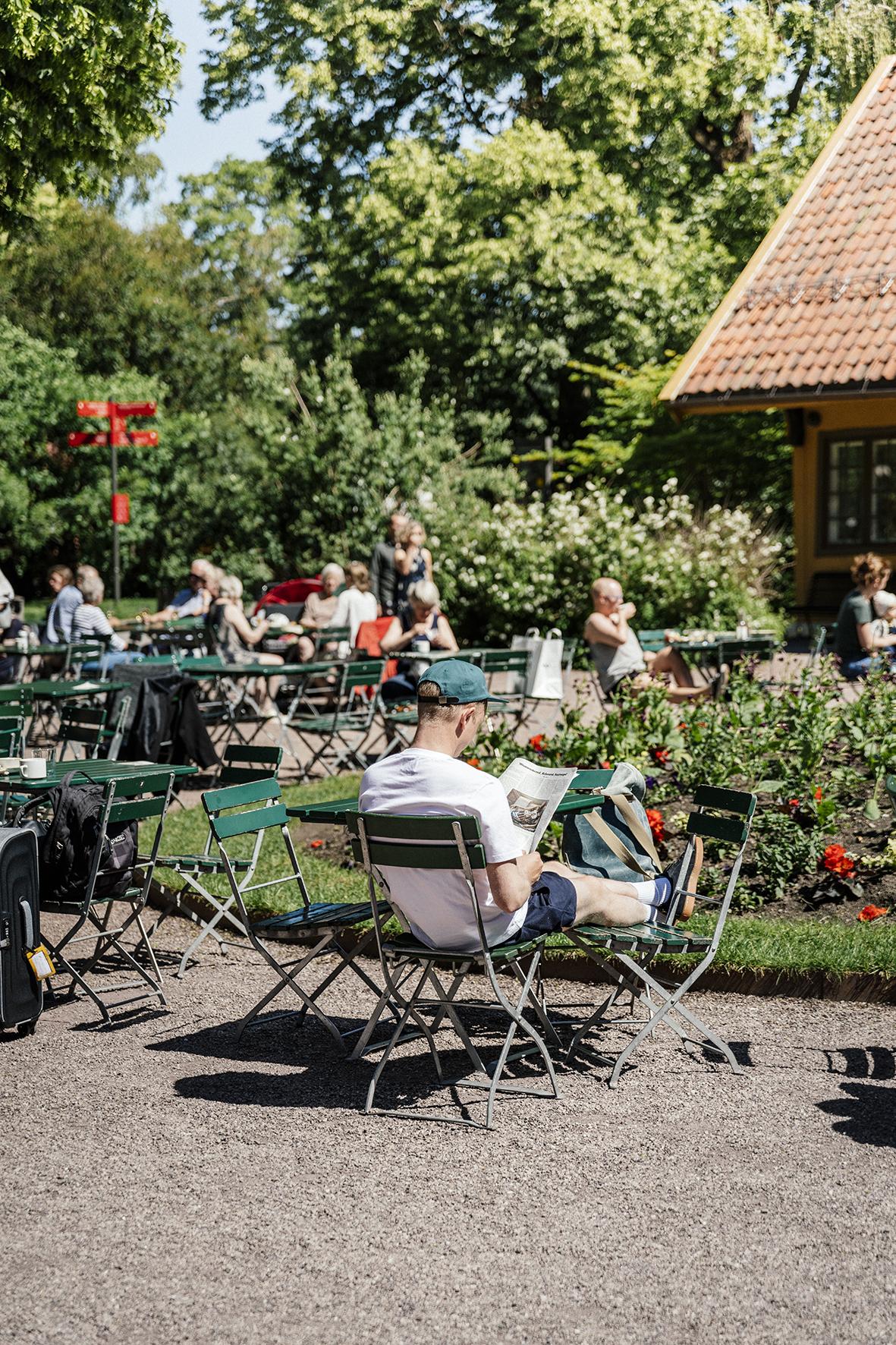 Handwerk-botaniskhage-uteplass-natur.jpg