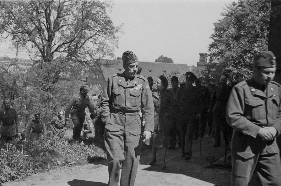 Folke Bernadotte i Lübeck 1945. Foto: Bertil Fröderberg