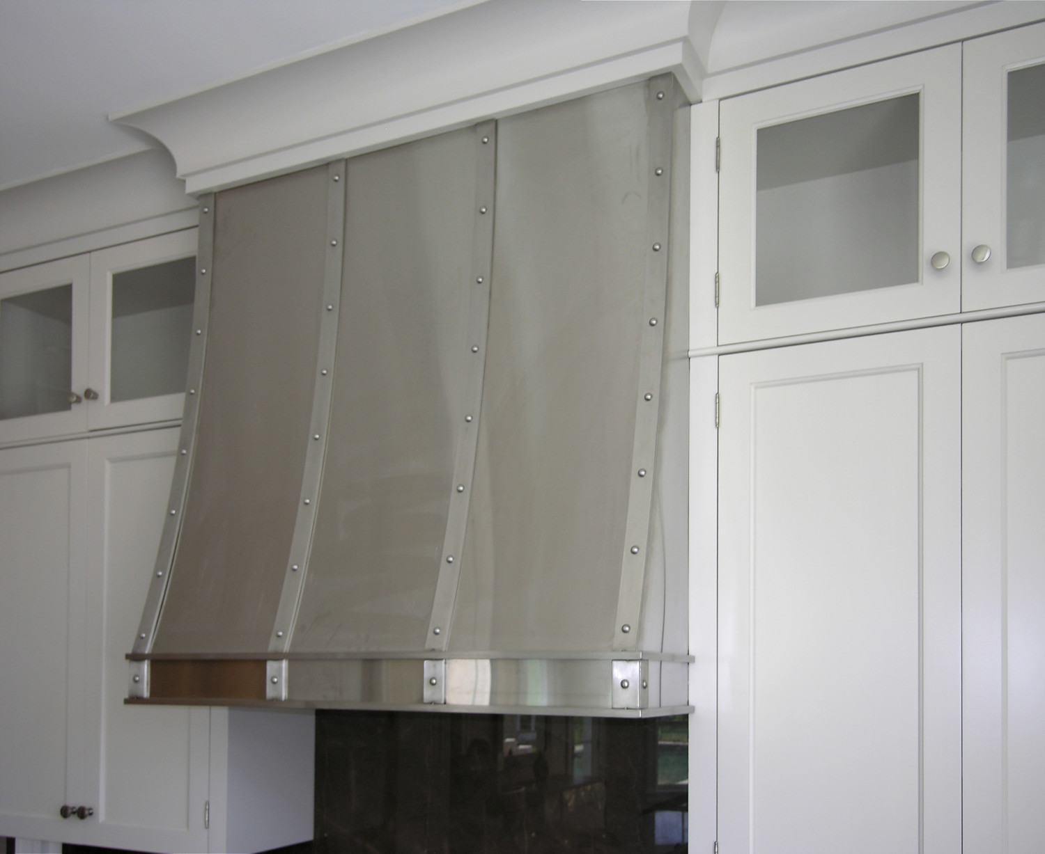 custom_stainless_steel_kitchen_hood_1500.jpg