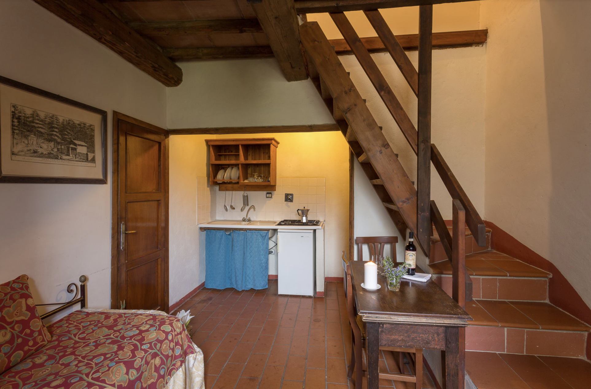 Borghetto 3 (1 bedroom apartment sleeps up to 3 guests)