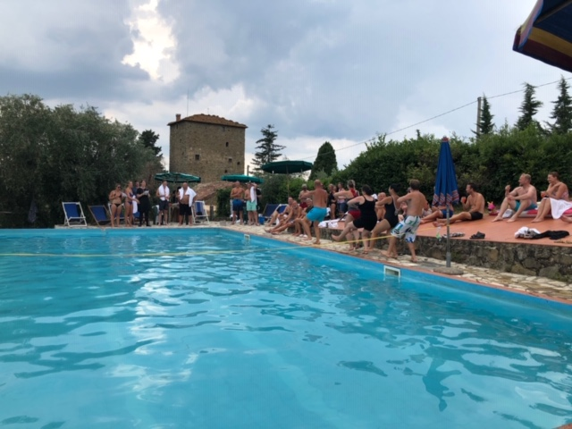 corporate-retreat-tuscany.jpg