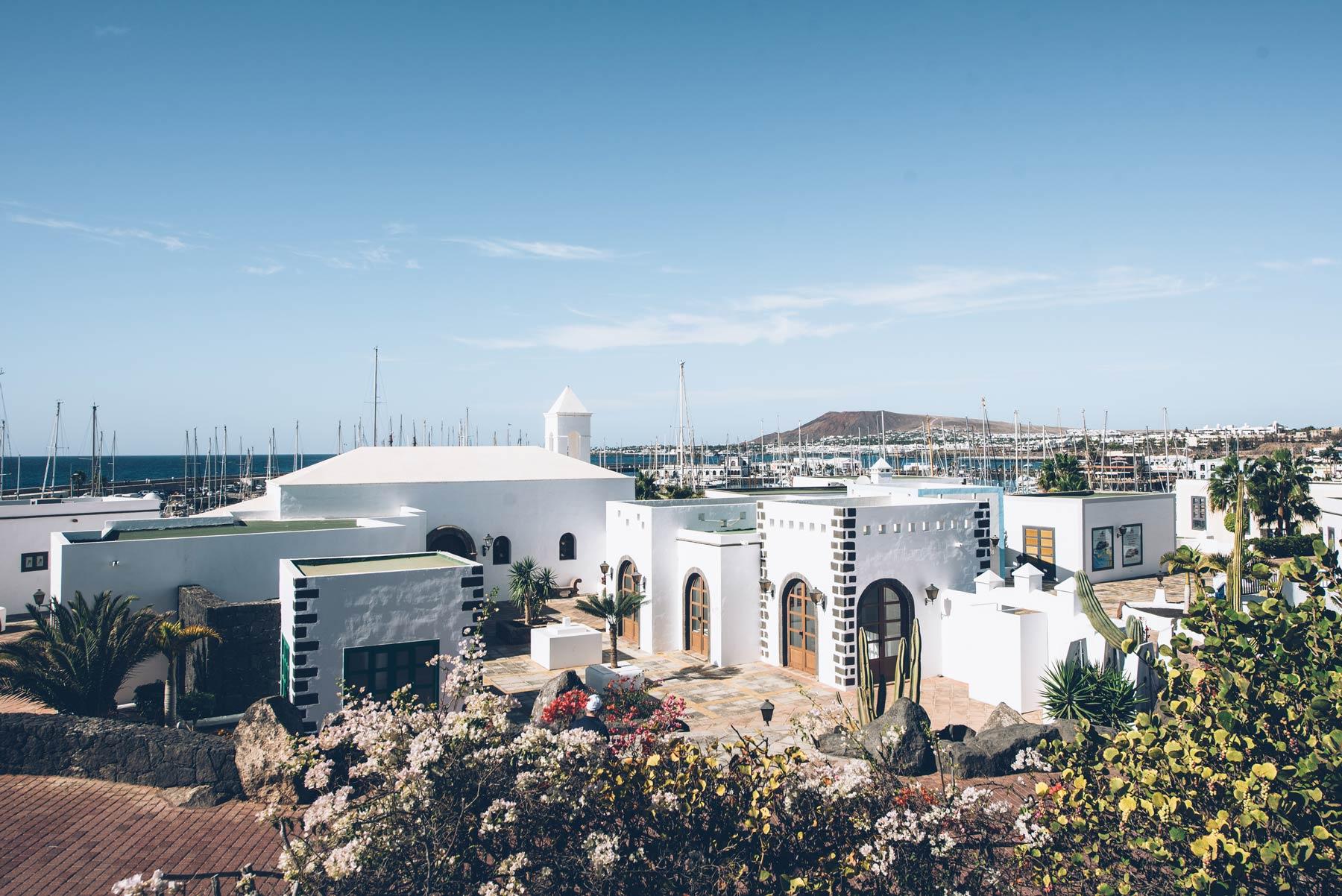 06-Playa-Blanca-Lanzarote.jpg