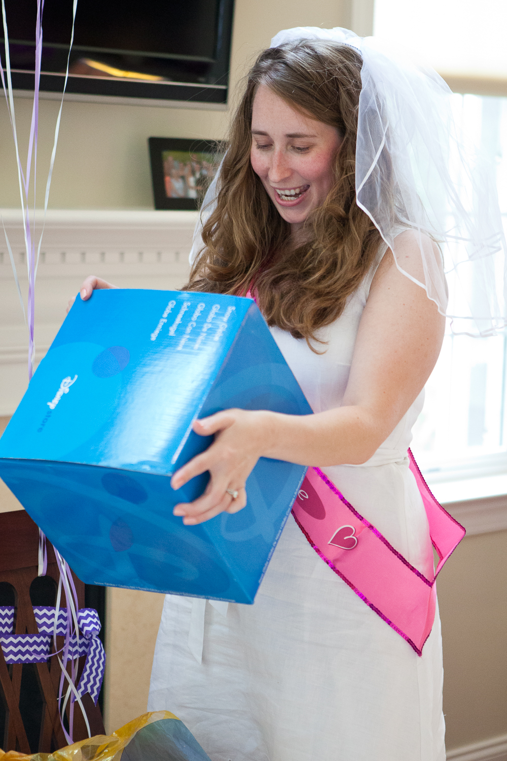 why-hire-a-photographer-for-your-bridal-shower-39.jpg
