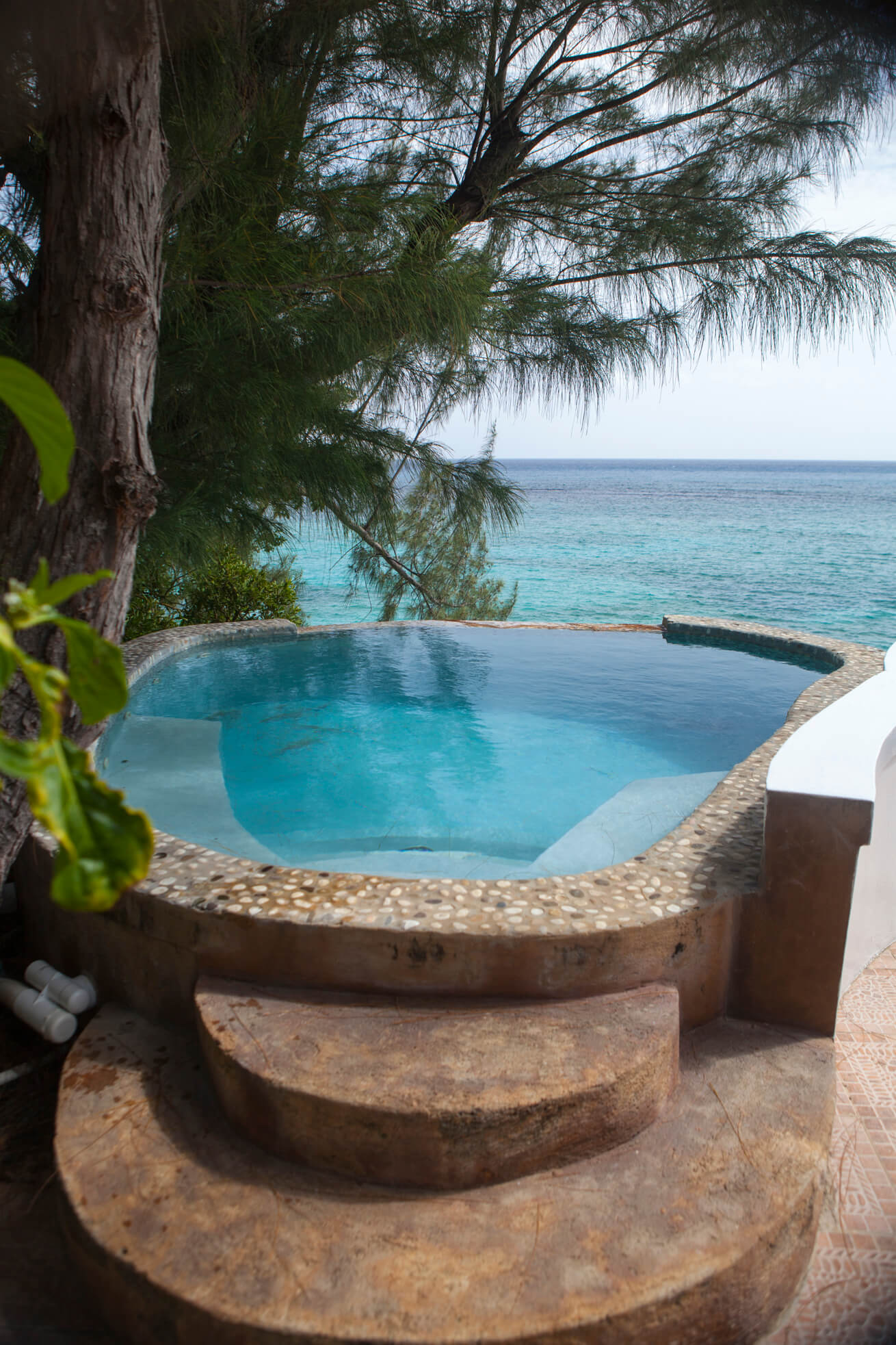 jamaica-inn-07.jpg