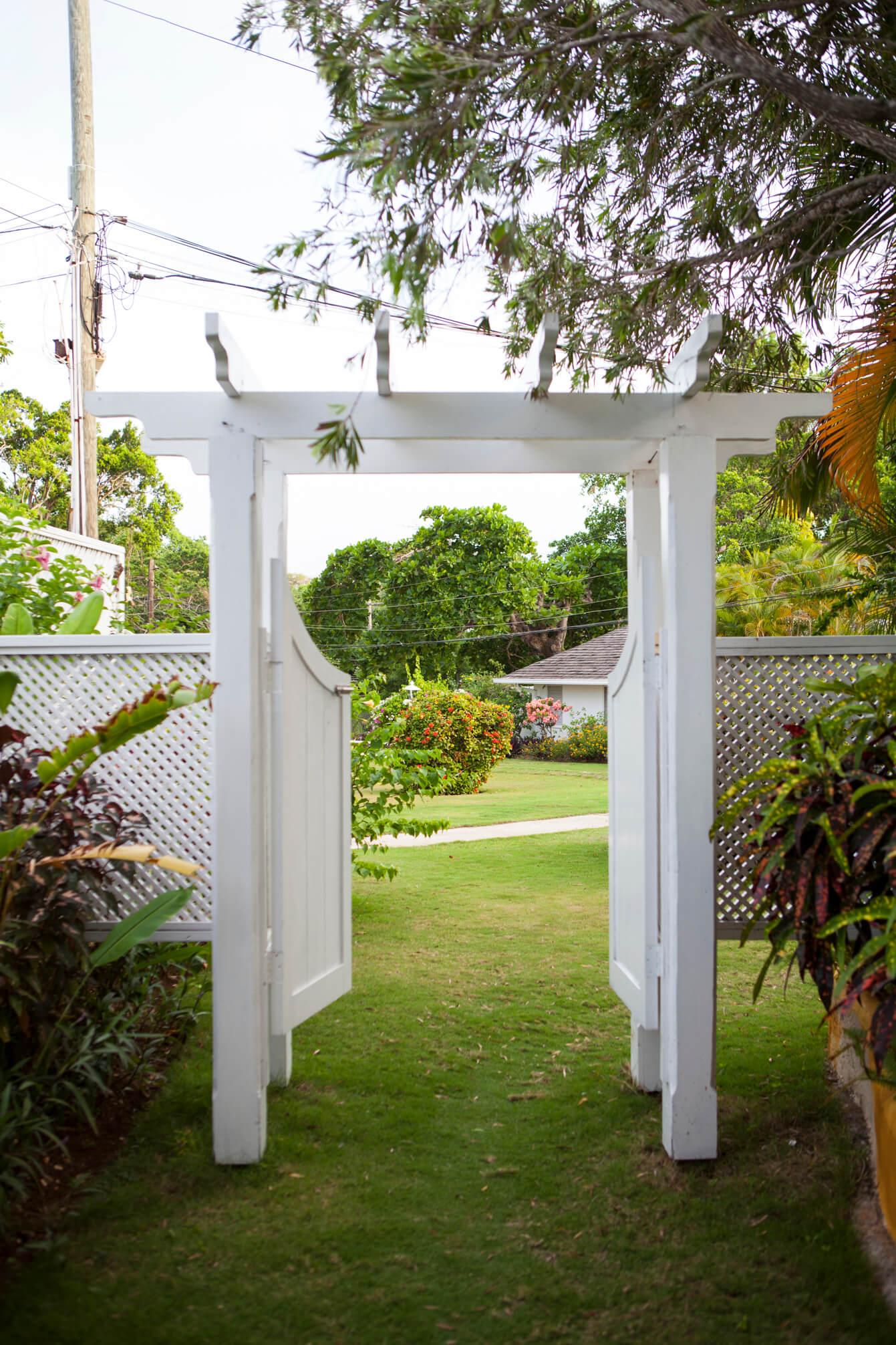 jamaica-inn-09.jpg