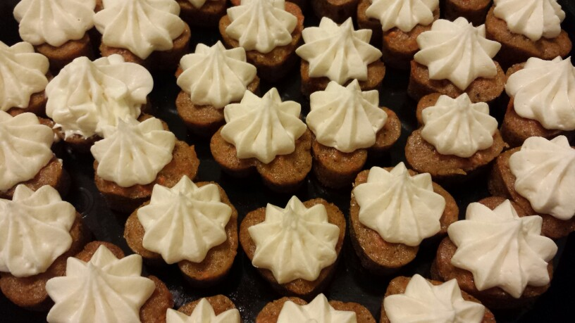 Buttercream Heart Cupcakes - by Carolyn Rodriguez