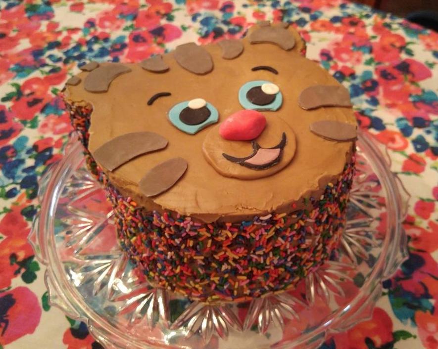 Daniel Tiger Cake - by Carolyn Rodriguez