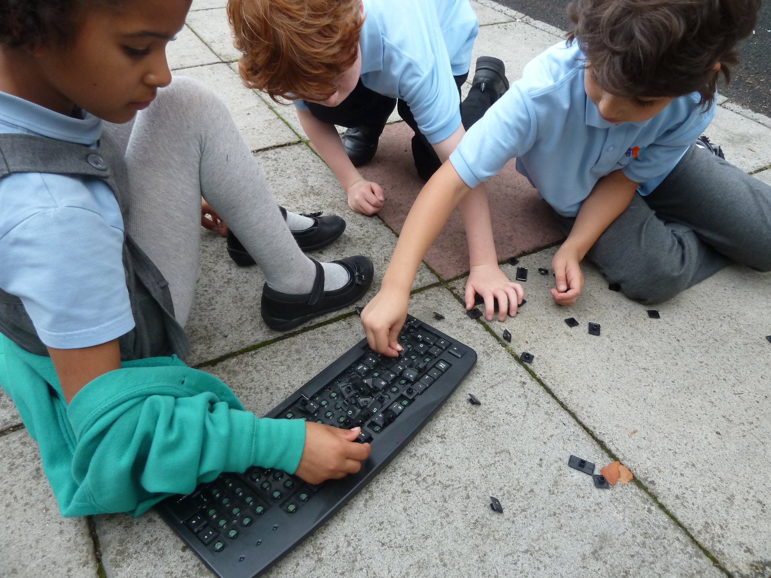 Allows children opportunities for 'deconstruction' developing skills in manipulation and fine motor skills as well as developing a better sense of understanding.