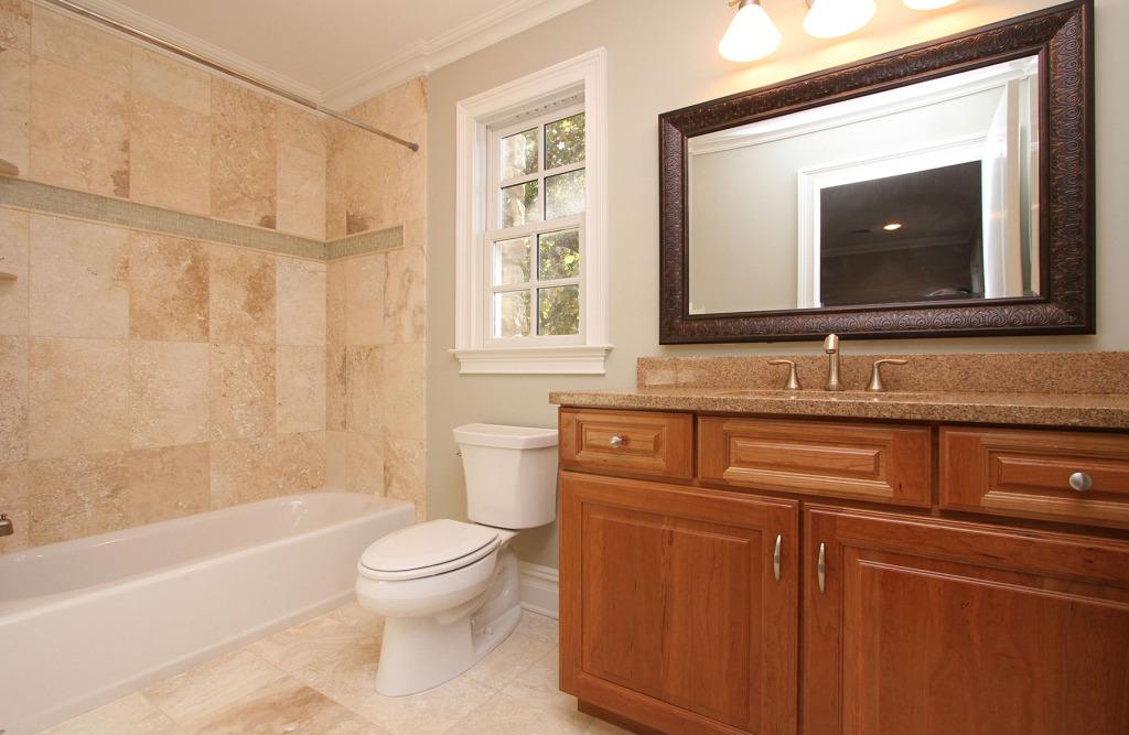 br-3-bath-1024x667.jpg