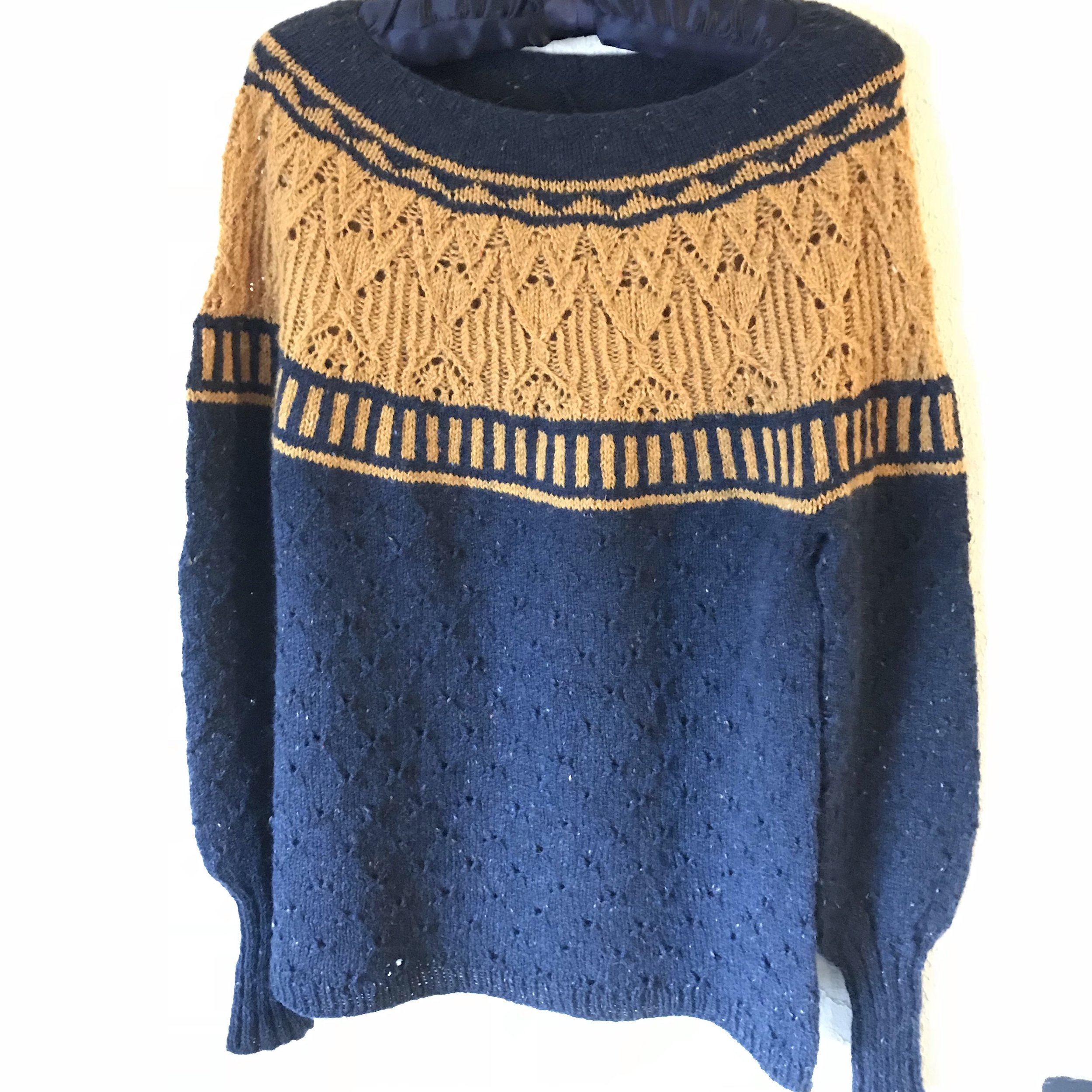 Zweig, finally! - It didn't take an exorbitant amount of time, really, it's just that fingering weight sweaters do actually take longer. Something about there being more stitches. But Zweig is finished, if a bit damp, and it is a lovely design that was a pleasure to knit.
