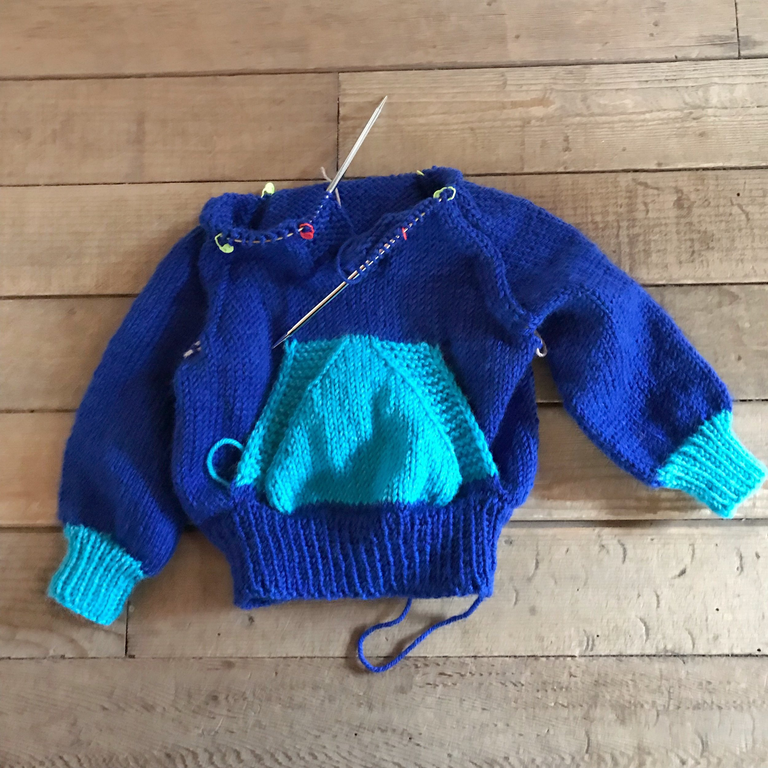 CURRENT CLASSES & EVENTS - Wonderful WallabyNovember 7, 14, 28, & December 5, 5:00pm-7:00pm | in progress | Ann MinerThe Wonderful Wallaby is the knitted version of a classic hooded sweatshirt. It is knit in the round from the bottom up until the hood, which is knit back and forth. The stitches for the pouch pocket are picked up from the body, and knit back and forth. Sleeve shaping is done via raglan decreases. Sizing is child's size 2-12.Prerequisites: You should be comfortable casting on, knitting, purling, and casting off, and should be familiar with a method for knitting small tubes—double points, two circulars, or magic loop.Holiday Girls Night OutDecember 6, 5-9pmDetails above!Santa's WorkshopDecember 12, 14, 19, 21, 5:00pm-7:00pm | no chargeWhether you're working on last-minute gifts or holiday ornaments, let Yarn Folk be your place to work among friends!Stay tuned for January class schedule!