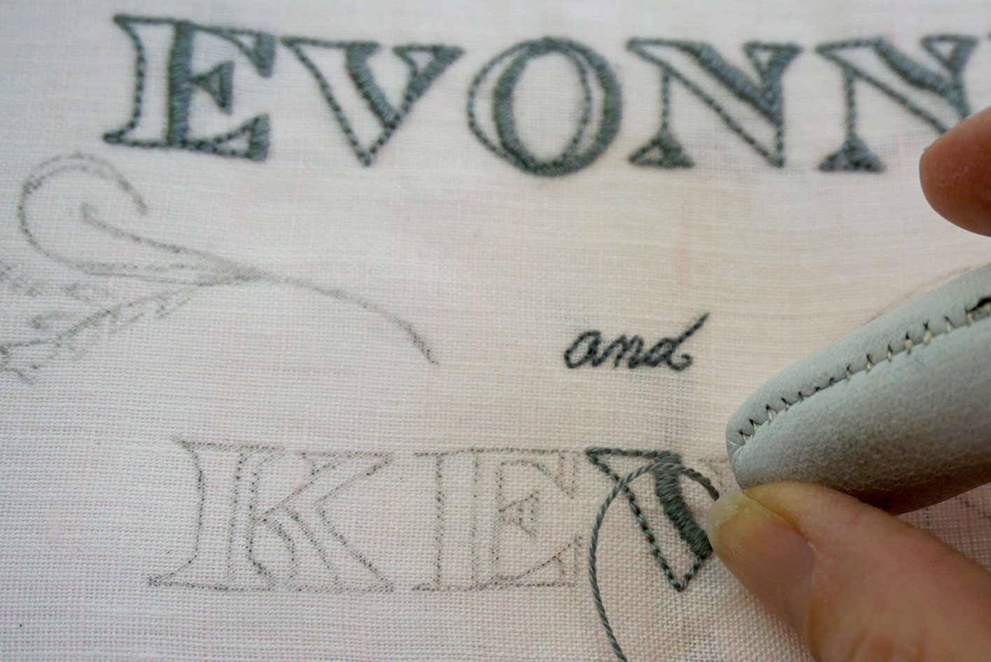 Working a section of diagonal satin stitch