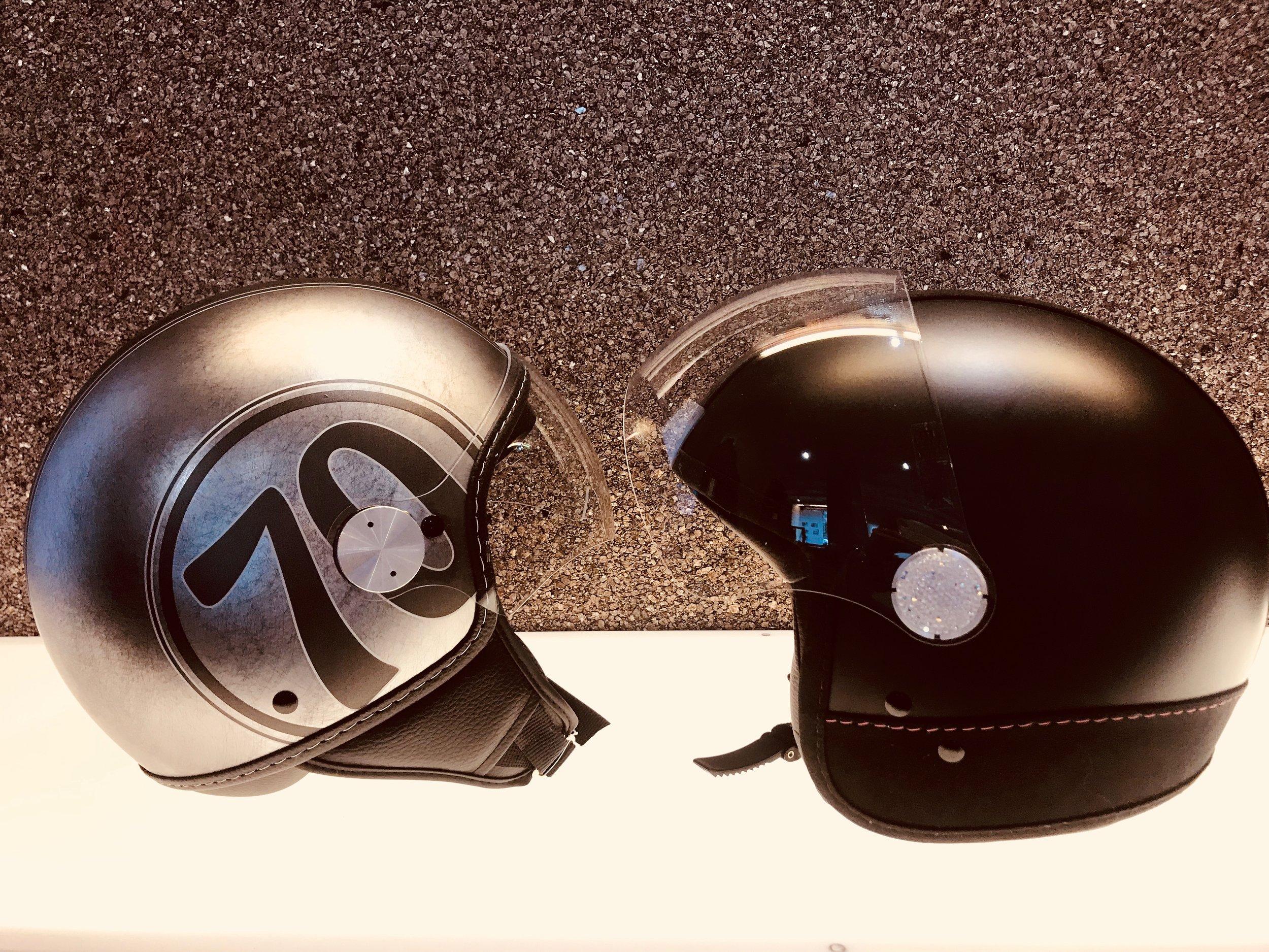 MAX Helmet Pop-up -