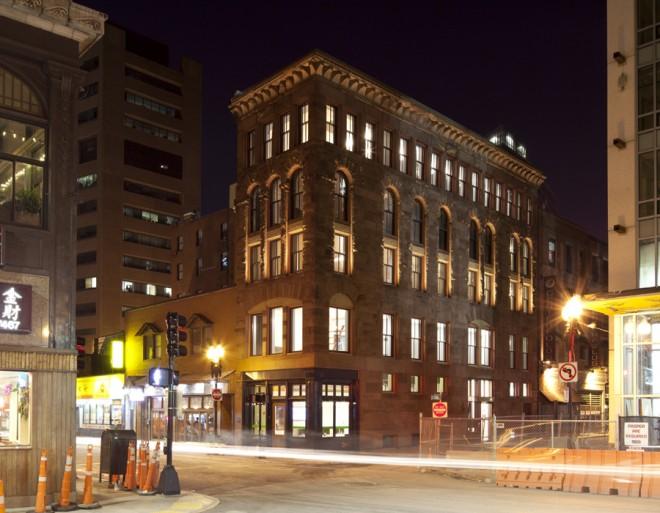 exterior-facade-lighting