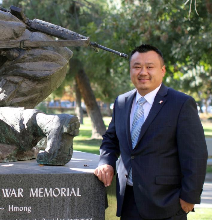 Bobby Hero.Hmong.Statue.2.jpg