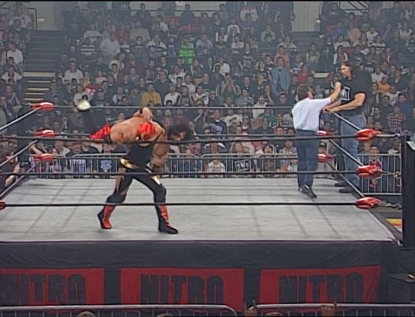 Syxx vs. Rey Mysterio Jr.  WCW Cruiserweight Championship WCW Monday NITRO, April 21st 1997