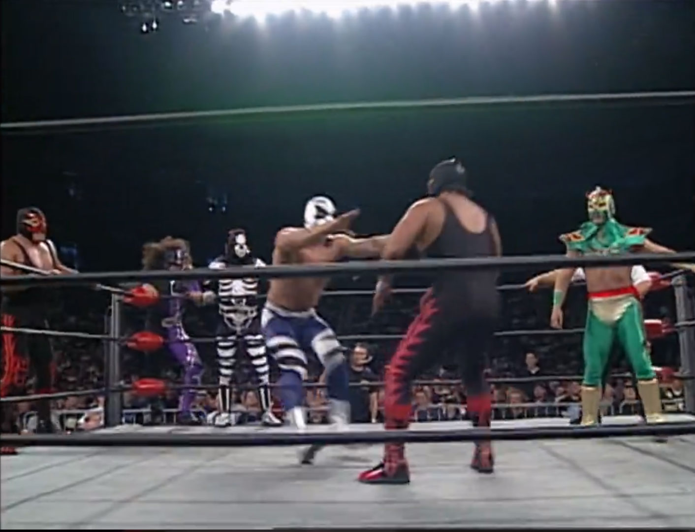 Cíclope, Juventud Guerrera, Lizmark Jr. and Último Dragón vs. La Parka, Psychosis, Villano IV and Villano V,  WCW Monday NITRO, September 22nd 1997