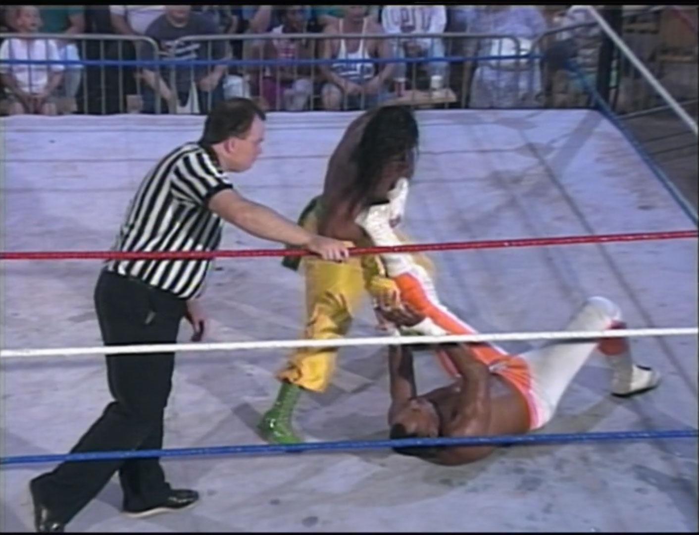 Sabu vs. 2 Cold Scorpio  ECW Hardcore TV #61 June 14th 1994 (Recorded June 3th 1994)