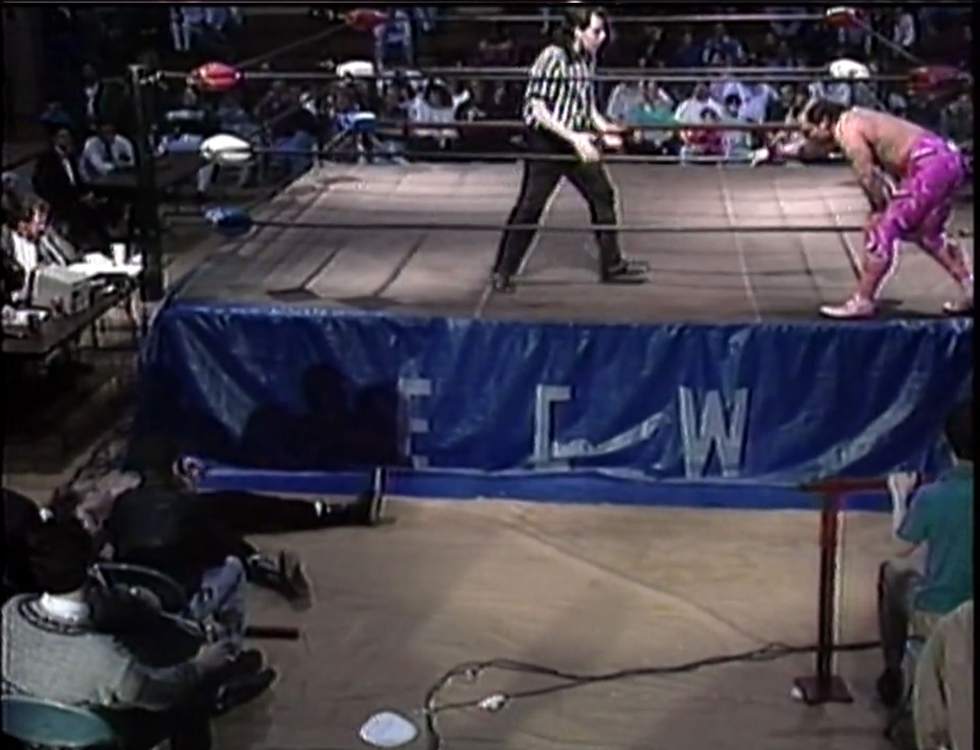 Glenn Osbourne vs. Johnny Hotbody ECW Hardcore TV, April 13th, 1993