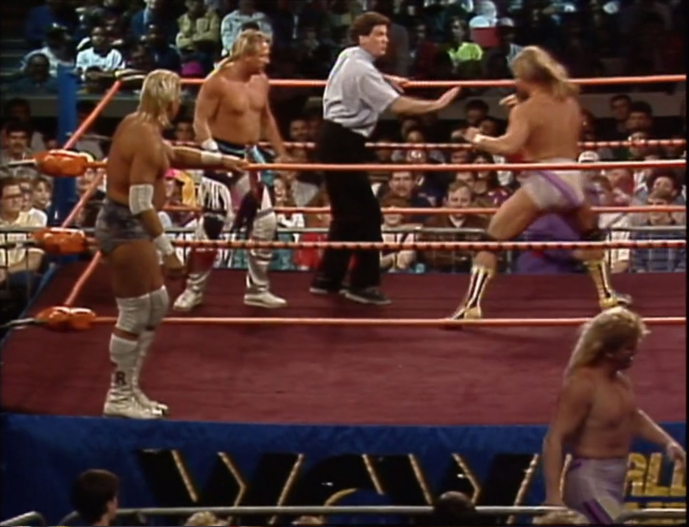 Tommy Rich & Ricky Morton vs. The Midnight Express NWA Halloween Havoc '90 Oct 27th 1990