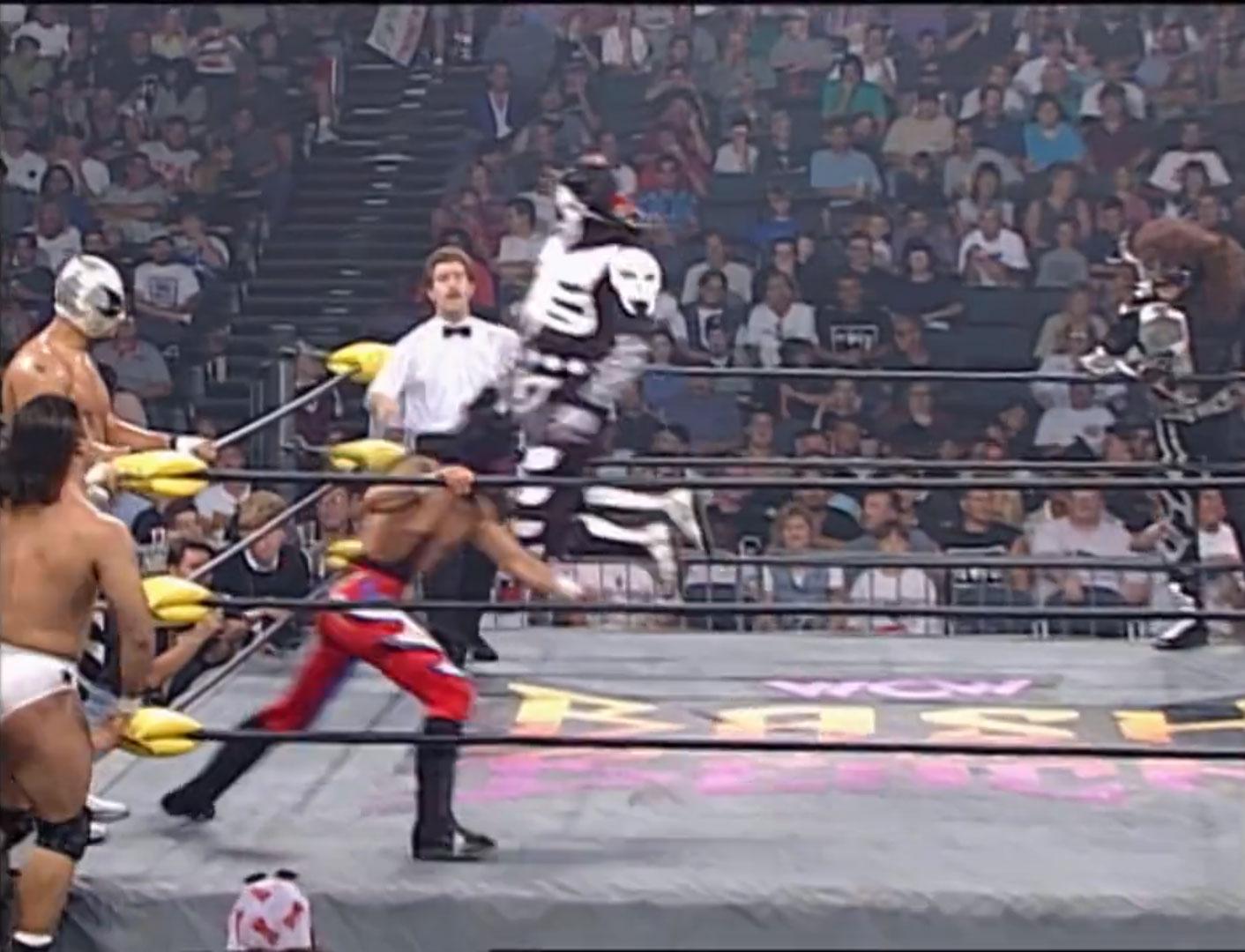 Juventud Guerrera, Hector Garza, Lizmark, Jr. vs. La Parka, Psicosis, Villano IV WCW Bash At The Beach '97 Jul 13th 1997