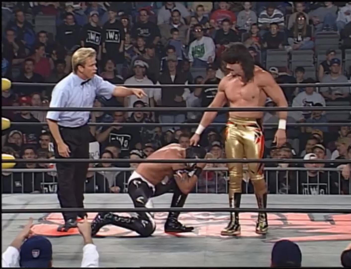 Eddy Guerrero vs. Rey Misterio, Jr.  WCW Cruiserweight Championship WCW World War 3, Nov 23rd 1997