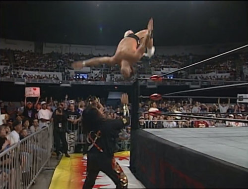 Hector Garza, Juventud Guerrera and Super Calo vs. Cíclope, Damian 666 and La Parka WCW Monday NITRO, May 26th 1997