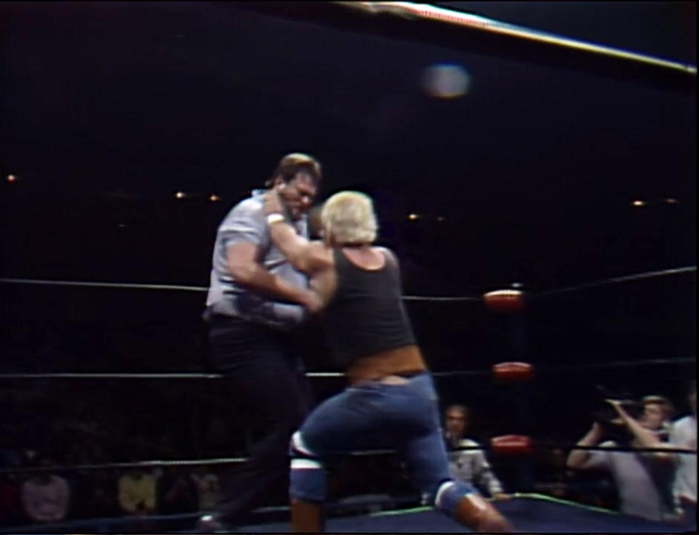 Big Bubba Rogers vs. Ron Garvin Street Fight, 1986 NWA Starrcade '86 Thu, Nov 27th