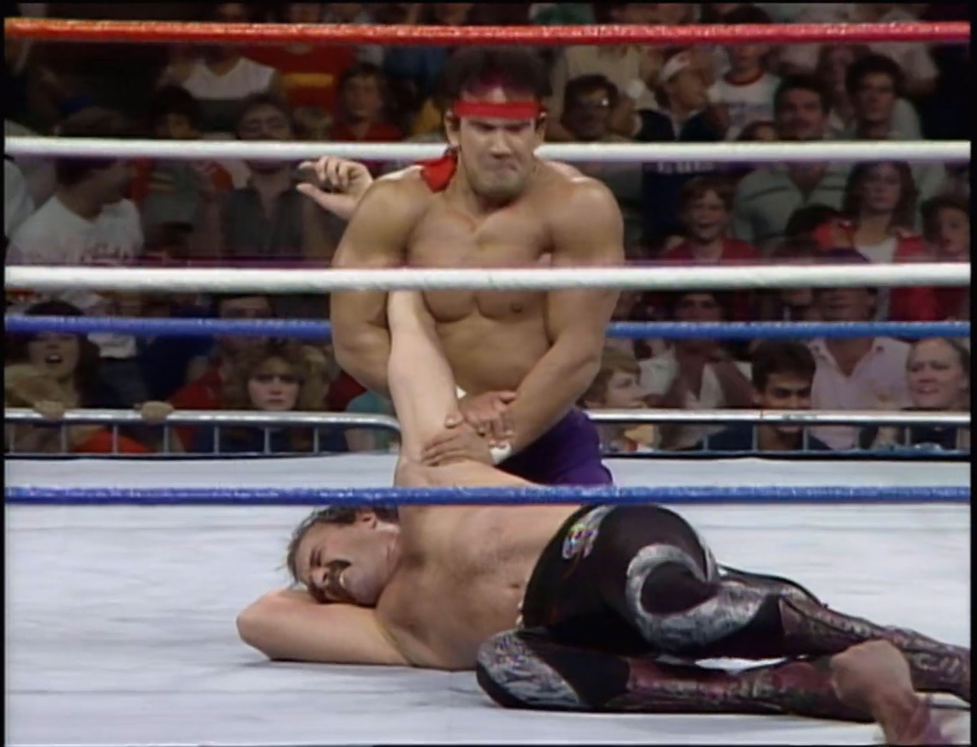 """Ricky """"The Dragon"""" Steamboat vs. Jake """"The Snake"""" Roberts Snake Pit, WWF Saturday Night's Main Event October 4th 1986"""