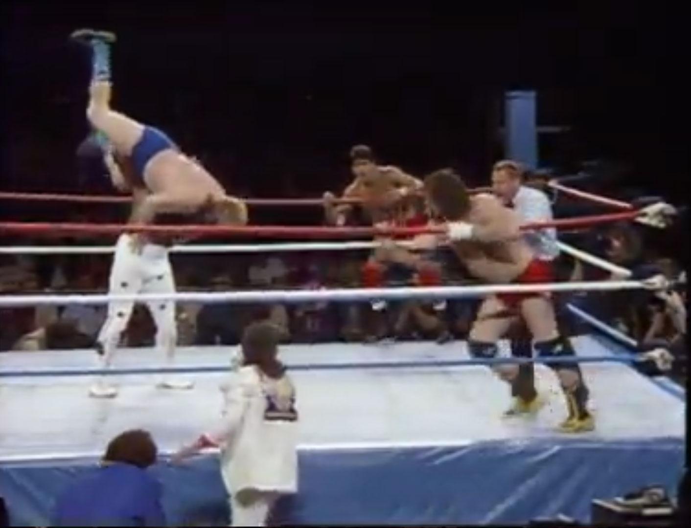 Terry Funk & Hoss Funk vs. Junkyard Dog & Tito Santana WWF WrestleMania 2 Apr 7th 1986