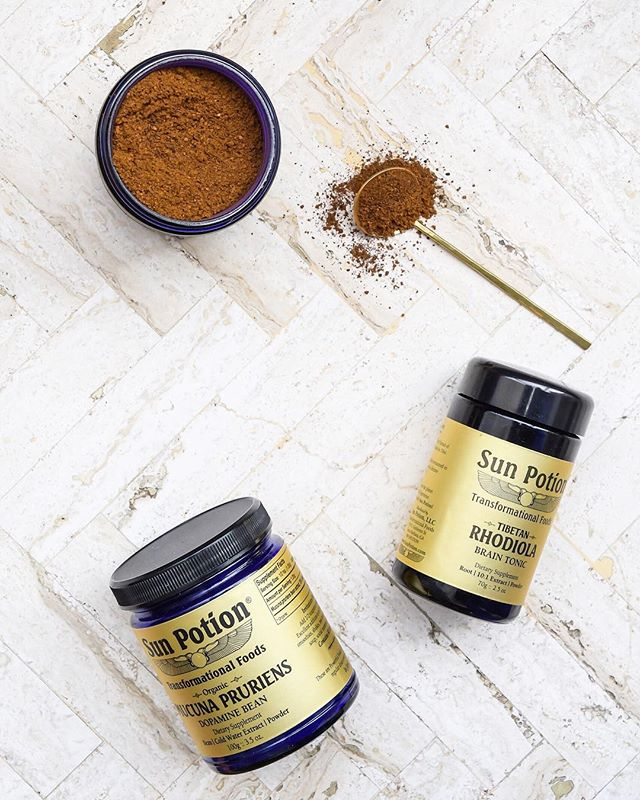 Every once in a while, a wellness trend comes along and gets everyone all hot and bothered. Usually, it's something that seems new and sexy, but is also based in the realm of ancient medicine. Right now the wellness world's number one crush is for sure ✨ADAPTOGENS✨  Adaptogens refer to a class of herbs & mushrooms that work to regulate and balance stress - which is arguably the biggest health issue of our time.  Chronic stress elevates cortisol levels & other harmful stress compounds which can sabotage performance, disrupt focus, increase anxiety, decrease immunity and zap energy. No fun.  I've talked about lion's mane, cordyceps, ashwagandha and rhodiola in the past [scroll through feed to learn more]. Another favorite....chaga.  This powerful mushroom is overflowing with antioxidants that support your daily wellness, energy levels, and immune system. 💥  Get your fix: Mushroom Mocha....................................2 cups brewed hot chaga [I love @sunpotion] 1 T cacao powder 2 T coconut cream 1/4 tsp cinnamon 1 tsp monk fruit CBD oil [optional]  DIRECTIONS: In a blender, add all ingredients and purée until smooth. Pour into a cute mug. Drink warm.  #stress #happy #adaptogens #herbs #mushrooms #chaga #keto #vegan #paleo #healthy #nutrition #fitness #wellness #energy #biohacking #productivity #garyvee