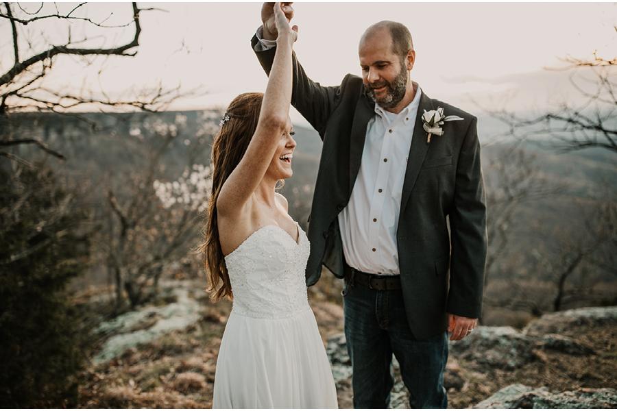 arkansas-adventure-elopement-photographer16.jpg